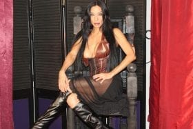 Maitresse Synthia Arizona Mistress